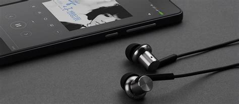 Xiaomi Hybrid Hd In Earphone Black xiaomi mi hybrid piston in ear headphones