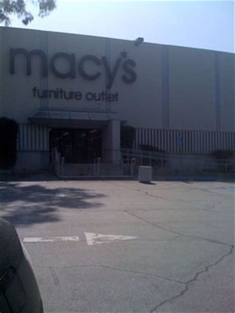 Macys Furniture Locations by Macy S Mission Road Furniture Outlet Closed Furniture