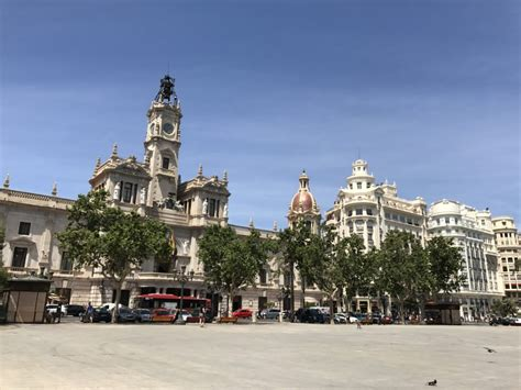best places to stay in valencia best things to do in valencia spain where to stay eat