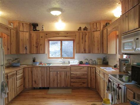 rustic hickory kitchen cabinets 1000 ideas about rustic hickory cabinets on pinterest