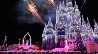 disney world castle lights a frozen wish 2014 cinderella castle