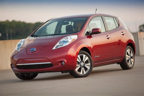 nissan cars names 2013 nissan leaf photo gallery autoblog