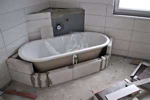 acryl badewanne einbauen anleitung badewanne einbauen webnside