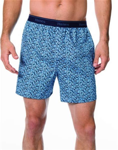 hanes our most comfortable men s boxers hanes 748bp4 hanes men s 4 pack classics