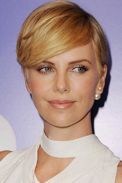 Best Short Haircuts for Thick Hair   Hairstyles, Nail Art