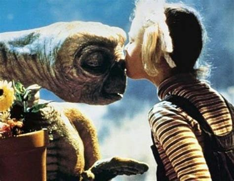 et phone home memories