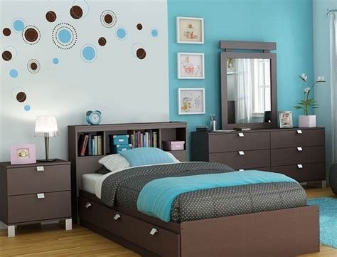 nice Teenage Girl Bedroom Paint Colors #9: 1-turquoise-color-in-the-interior-of-a-bedroom.jpg