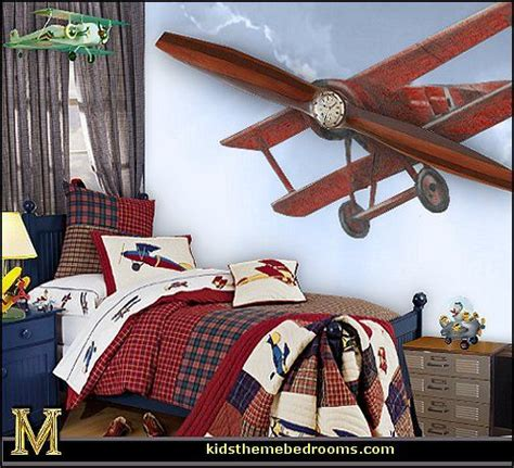 Plane Bedroom by 1000 Ideas About Boys Bedroom Themes On Boys Bedroom Decor Boys Room Decor And