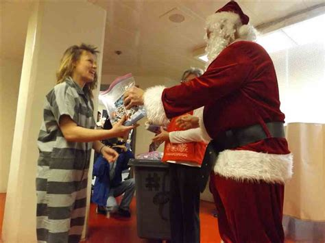 kingsport times news sullivan inmates get a visit from