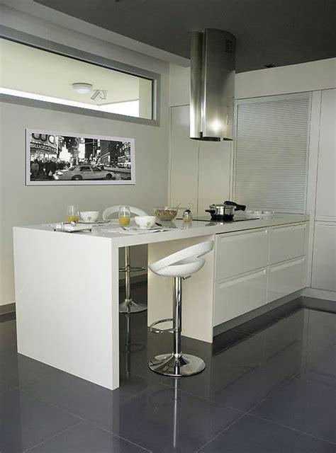 cocina por dos una cocina con dos zonas de trabajo