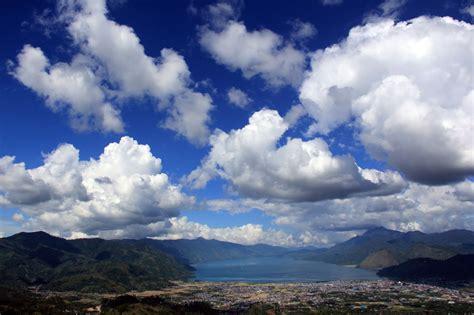 wallpaper di atas awan takengon wisata negeri di atas awan pesona keindahan