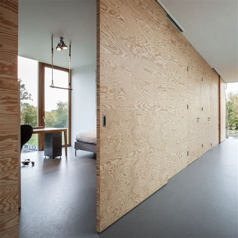 Sliding Plywood Doors by 25 Best Ideas About Plywood Interior On