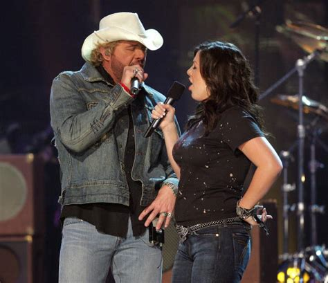 toby keith family pictures the best advice toby keith ever gave his daughter 171 cbs