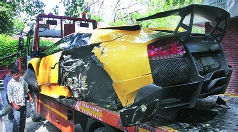 Lamborghini Owners In Delhi India S Only Lamborghini Murcielago Sv Crashes In