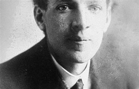 biography of upton sinclair dispatches from the jungle the writers who reformed