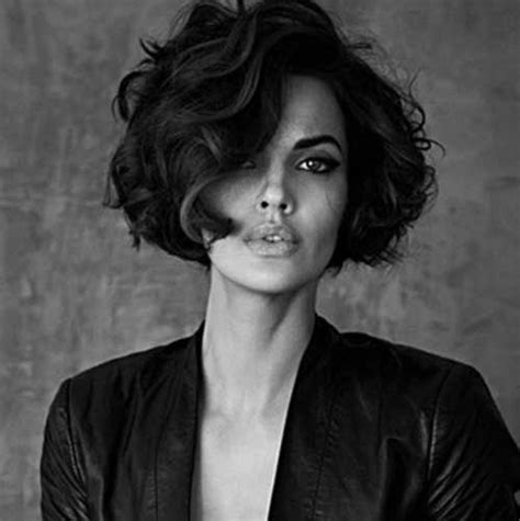 20 chic and beautiful curly bob hairstyles we adore 20 chic and trendy curly bob hairstyles frisur kurzhaar