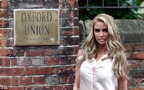 Shiny Fashion Tv The Opening Of Primarks Oxford Store by Price At The Oxford Union No One Has An Excuse Not