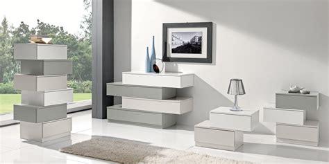 cassettiere moderne  classiche cose  casa