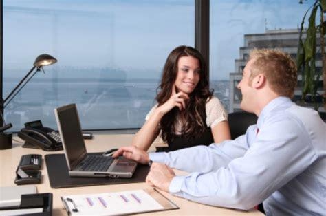 amante in ufficio partner ed amante nello stesso ufficio