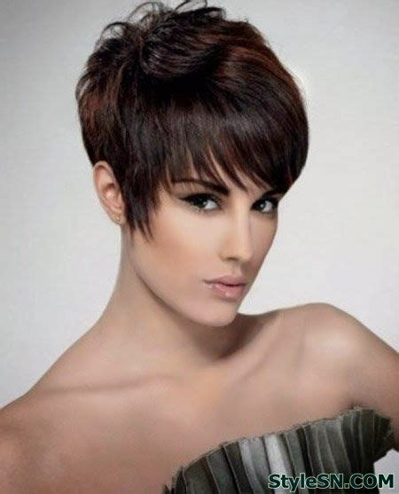 pixie chin haircut 1000 images about hair on pinterest chin length bob