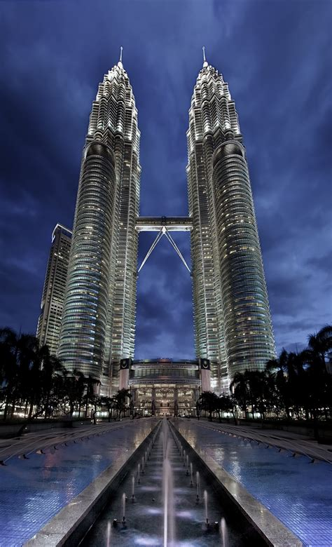 Petronas Twin Towers Floor Plan by Google Images