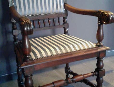 antieke stoel met biezen zitting restauratie stoelen met biezen zitting stoffering