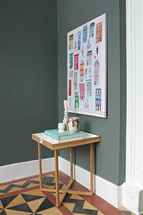 how to hang framed artwork without using nails reader littlebigbell hang a canvas on a wall without hammer and nails