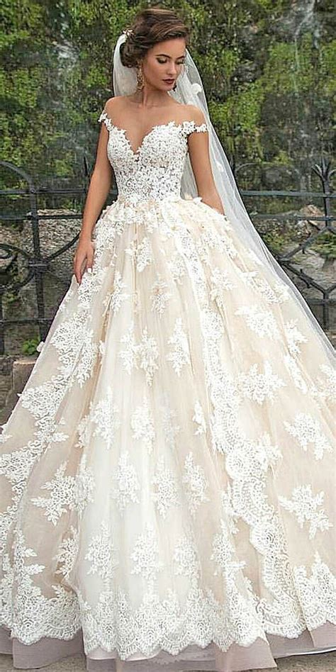 7 Prettiest Disney Princess Wedding Gowns by The 25 Best Princess Wedding Dresses Ideas On