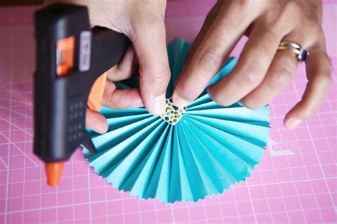diy paper fans template diy tutorial pretty paper fans 183 rock n roll