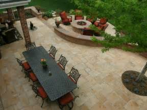 Patio Layout Design by 25 Backyard Designs And Ideas Inspirationseek Com
