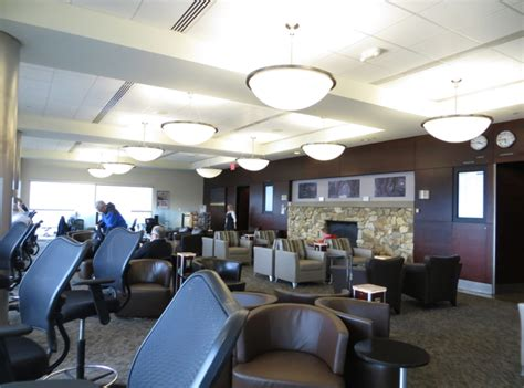 Alaska Board Room Seattle by Alaska Airlines Board Room Seattle Lounge Review Travelsort