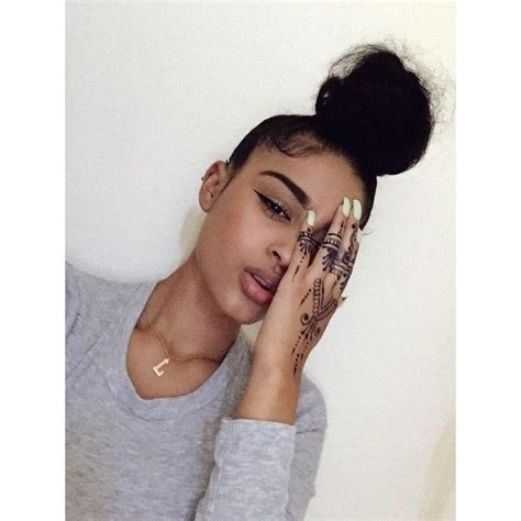 messy curly hair updo for black people messy bun on black people best 25 messy curly bun ideas
