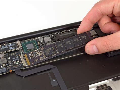 Ssd Macbook Air nuovi macbook air con nuovo connettore per ssd card