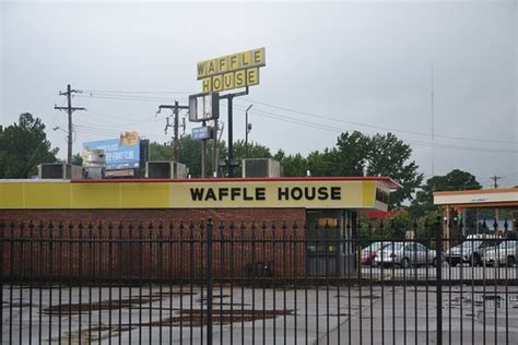 waffle house memphis tn waffle house american restaurant 1550 sycamore view rd in memphis tn tips and