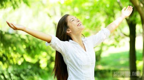 la felicidad al estilo de dios predicas de julio ruiz