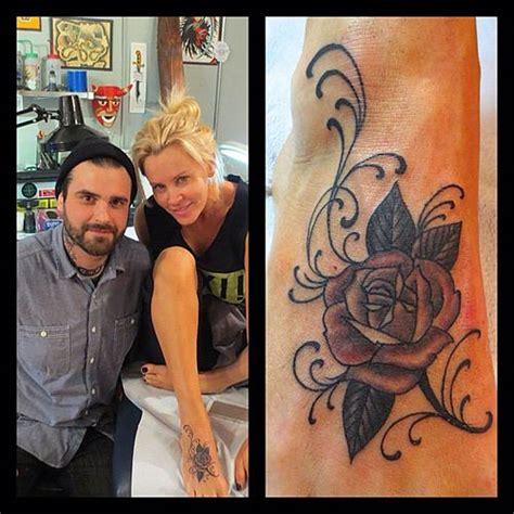 jenny mccarthy tattoo mccarthy tattoos celebritiestattooed