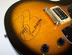 Joe Bonamassa Guitar Giveaway - guitar lessons interviews news reviews more guitar messenger joe bonamassa