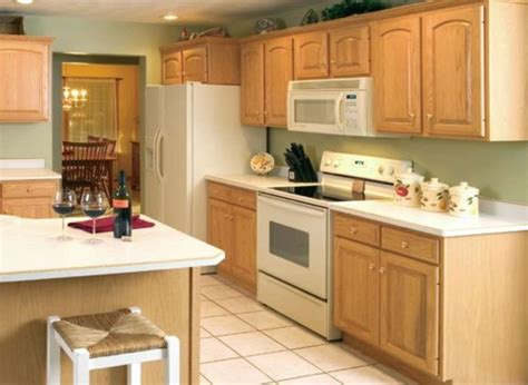 kitchen cabinet color ideas for small kitchens small kitchen with oak cabinets with paint color