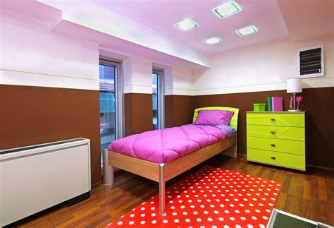 organize  small bedroom tipstoorganizecom
