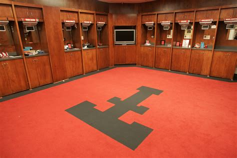 basketball locker room texastech tech official athletic site
