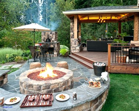 tiki backyard designs backyard tiki bar awesome backyard bar designs s diy