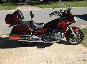 buy 1986 honda gold wing interstate on 2040 motos