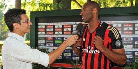 Syal Rajut Ac Milan By Sport bryant milik ac milan bola net