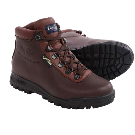 vasque tex boots vasque sundowner tex 174 hiking boots for save 40