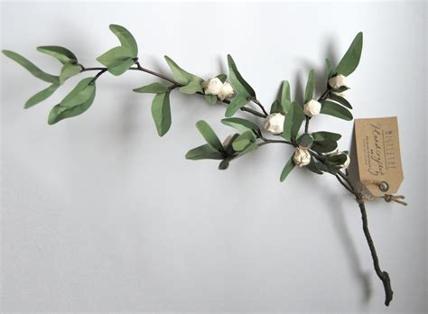 How To Make Mistletoe Out Of Paper - sprig of paper mistletoe made by