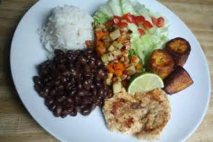Costa Rican Main Dishes - traditional food costa rica