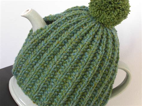 free tea cosy patterns to knit time for tea