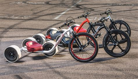 drift tutkunlarina oezel uec tekerlekli elektrikli bisiklet