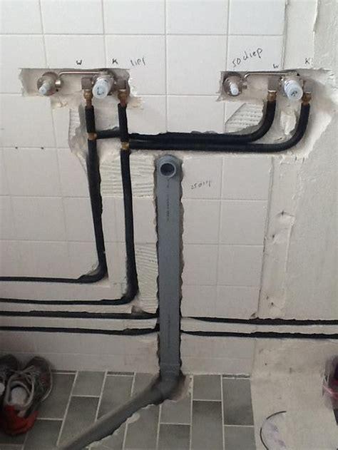 verstopping afvoer badkamer bloem verstopte afvoer in de badkamer afvoerpluggen afvoer