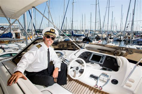 boat captain hire a boat or yacht captain crewoncall